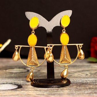 Gold toned Yellow Drop Earring