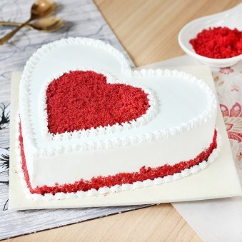 Gratifying Heart Shape Red Velvet Cake - Zoom View