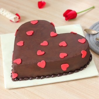 Heartiest Love Cake - Zoom View