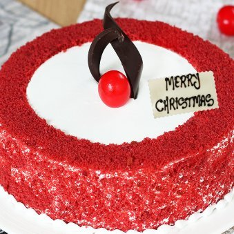 Red Velvet Christmas Cake - Zoom View