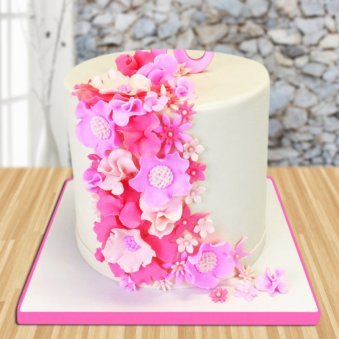 Illuminating Flower Cake