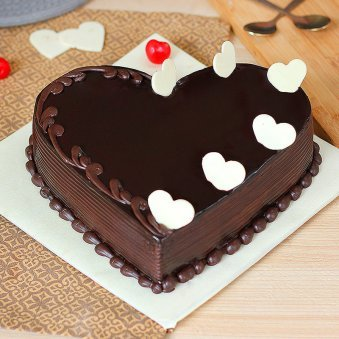 Surprising Heart Shaped Cakes Online Send Heart Shaped Cakes To Your Love Funny Birthday Cards Online Alyptdamsfinfo