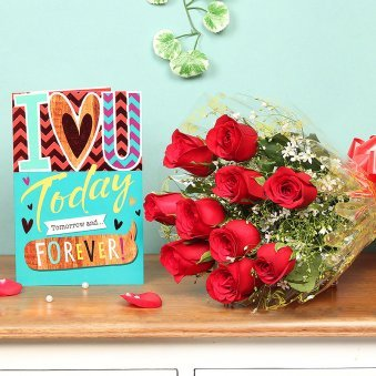 Red Roses Bunch and Greeting Card Love Combo