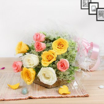 Mixed Roses Buquet - Part of Felicitations