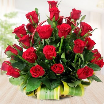 40 red roses in basket - 1st gift of Party Essentials