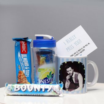 Personalised Mug with Chocolates and Icetea