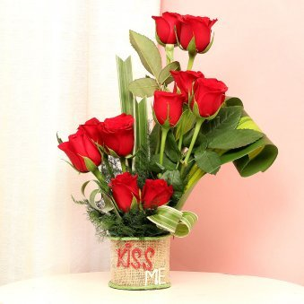Beautiful Bunch of Red Roses with Kiss Me Printed