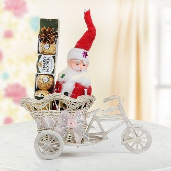 6 inches little Santa Claus with a box of 4 Ferrero Rocher