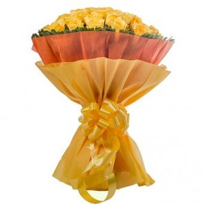 50 Yellow Roses Bunch in Beautiful Packing