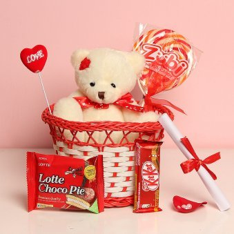 Combo of Teddy with Chocolates and Love Note