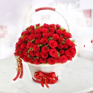 Send Red Roses Online